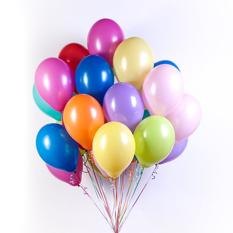 Привітання з днем народження колезі чоловікові, хлопцю, дівчині, жінці своїми словами, в прозі, українською мовою